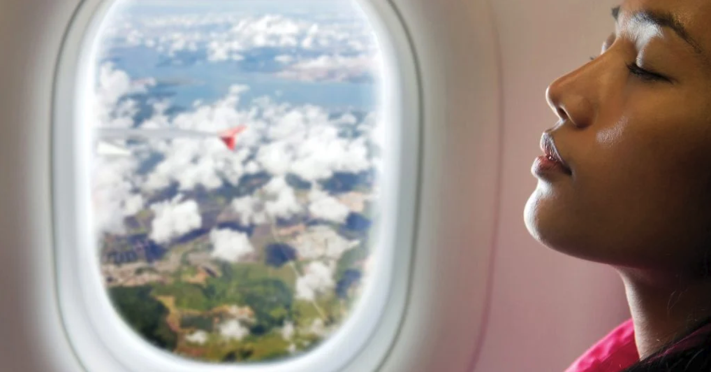 4-things-that-happen-to-your-skin-in-flight